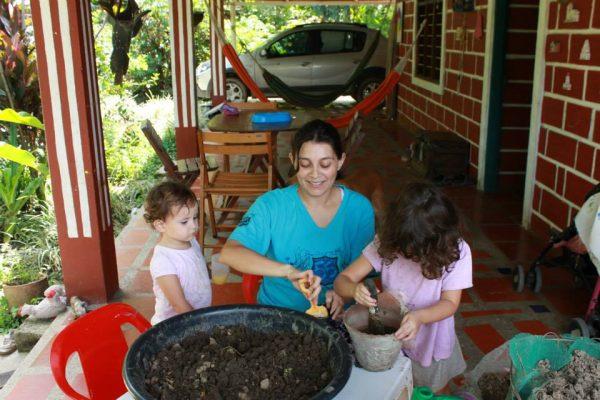 ANGELA-BRICEÑO-Homeschooling-e1562992235215.jpg
