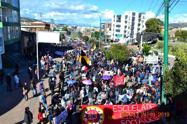 Marcha multitudinaria de la UPTC Tunja